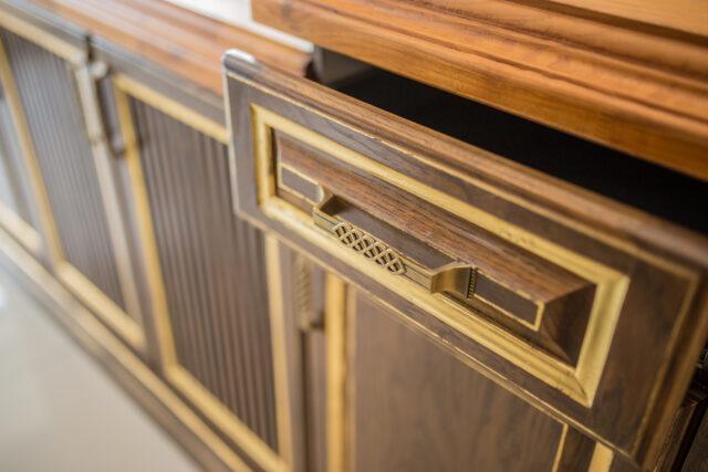 Rowenda-Classic-Kitchen-Interior-22